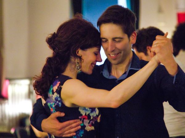 Ricardo and Jenny Oria dancing at a milonga